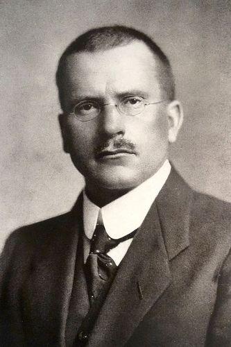 C. G. Jung, zdjęcie w domenie publicznej.