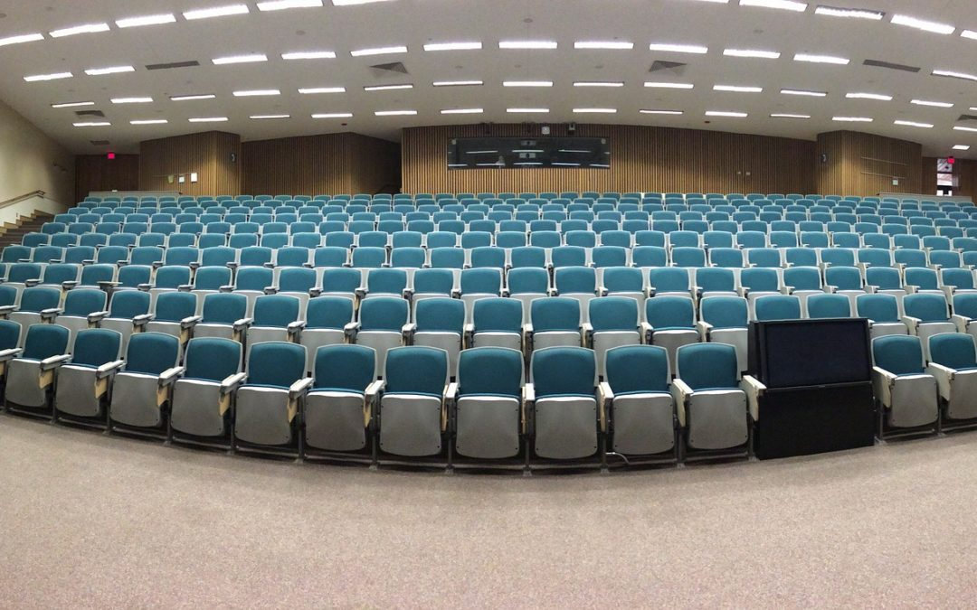 Dlaczego nie każdy powinien móc wykładać na terenie uniwersytetu?